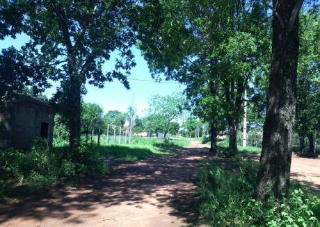 Oferto!! Hermoso Terreno En Capiata Km 18, En Zona Alta, últimos En La Zona