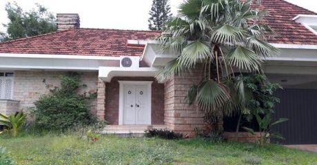 Preciosa Residencia En Bº Herrera.