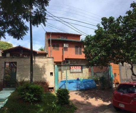 Amplio Duplex En Lambare Zona Residencial A Refaccionar