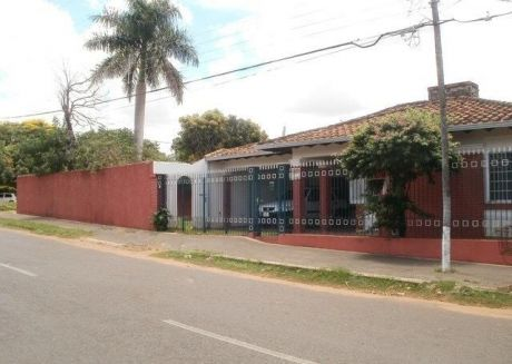San Lorenzo: Oportunidad!! - Residencia 900 M2 ! - 140.000 Usd