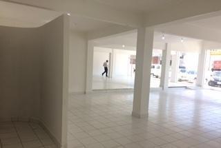 Local Comercial De 1.500 M2 Sobre Eusebio Ayala