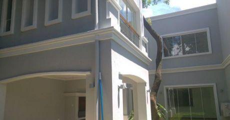 Duplex De 3 Dormitorios A Estrenar En Barrio Mburucuya - 2 Unidades Disponibles