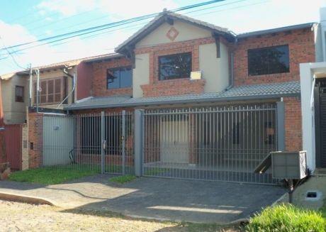 Gran Residencia A Estrenar De 5 Dormitorios En Bº Mburucuya