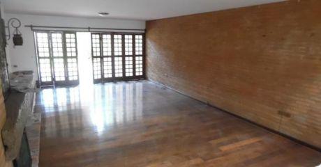 Casa En Alquiler - CorazÓn De Villa Morra