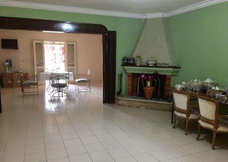 Vendo Casa En Barrio Jara Excelente Ubicacion!!
