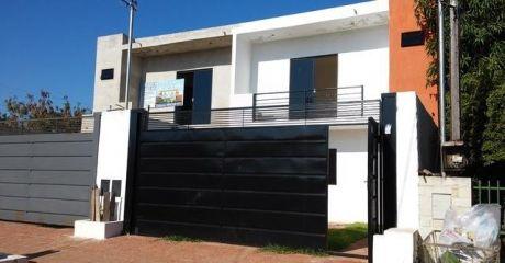 Hermoso Duplex A Estrenar - Z/ Cit - Avda. Sta. Teresa - 180 M2 - 110.000 Usd