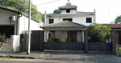 Hermosa Casa En Bº Mcal. Estigarribia.