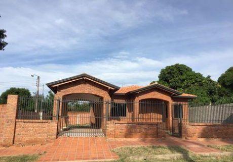 ..vendo Hermosa Casa En Luque!!..
