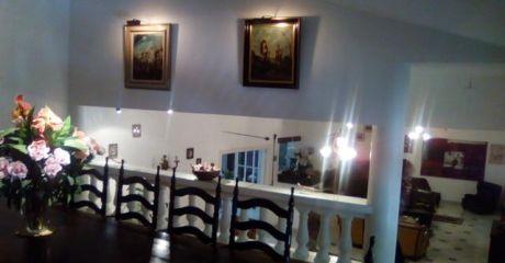 Espectacular Casa Cerca Del Club Olimpia