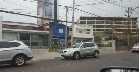 Alquilo Local De 600 M2 Sobre España Y Venezuela