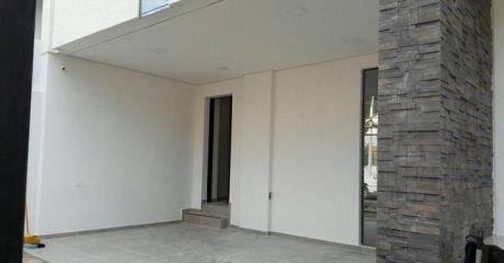 Alquilo Casa Moderna A Estrenar
