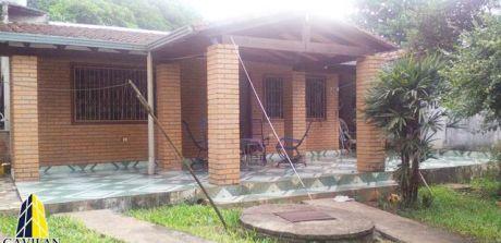 Residencia En Barrio Las Carmelitas Cde
