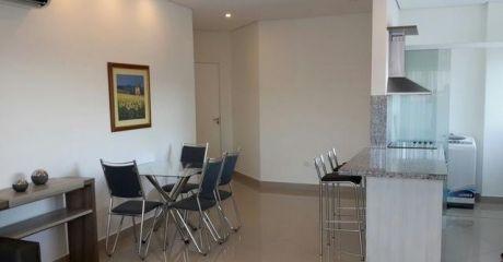 Alquilo Hermoso Departamento Amoblado De Un Dormitorio Zona Shopping Mariscal (1.050 Usd)