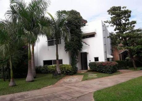 Vendo O Alquilo Hermosa Casa En BotÁnica 5