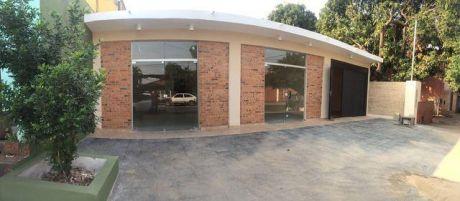 Alquilo Salon Comercial En Fernando De La Mora Sobre Rafael Franco