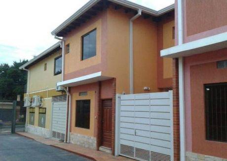 Vendo Duplex En El Centro De Luque