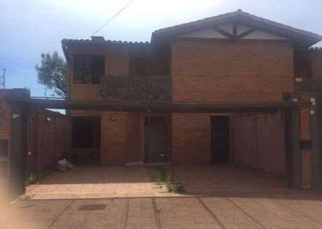 Alquilo Amplio Duplex En Fernando De La Mora Zona Norte- A 1 Cuadra De Ingavi