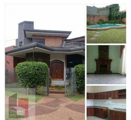 Alquilo Hermosa Casa Para Oficinas - Barrio Herrera