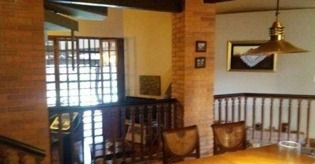 Vendo Casa  Z/ Fernando De La Mora - Norte