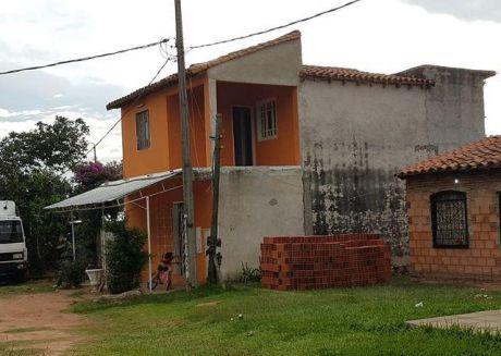 En Venta Propiedad En Ypane, A 3 Cuadras De La Ruta Acceso Sur.