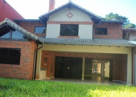 Mburucuya Vendo Elegante Residencia A Estrenar De 5 Dormitorios
