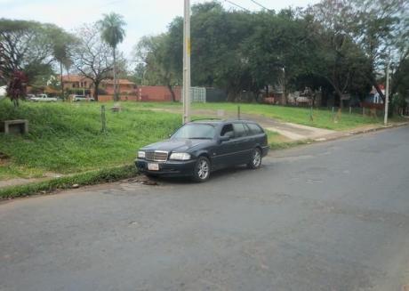 Sobre Importante Avenida Alquilo Terreno Baldío De 3000 M2 De Calle A Calle