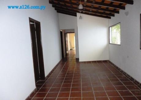 Oficina En Asunción En Alquiler – Villamorra
