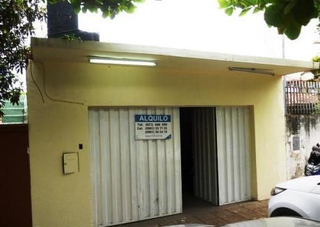 Salon Comercial En Alquiler – Los Laureles
