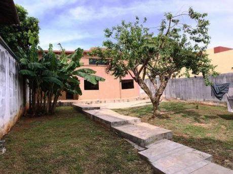Casa En Venta En Asunción – Barrio Herrera