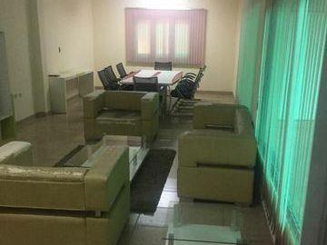 Alquilo Tinglado Con Oficina. Zona Villa Morra