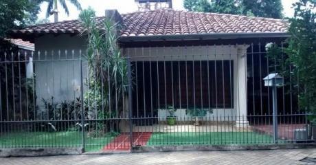Villa Morra  Frente Al Bautista En Inmejorable Ubicacion S/ Ruiz Diaz De Melgarejo Vendo