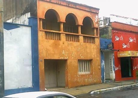 Vendo Sobre Ee.uu C/ Herrera Una Casa Ideal Para Negocio