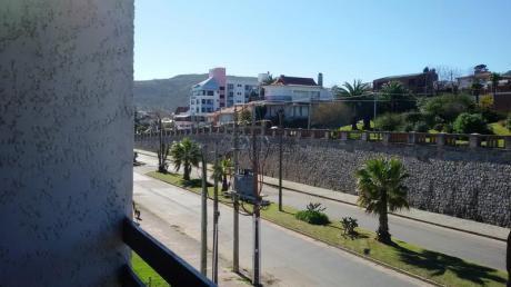 Apartamento Sobre Avenida Píria Rumbo Al Puerto