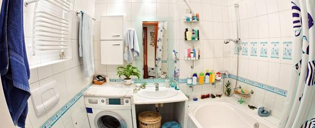 Diez grandes soluciones para baños chicos