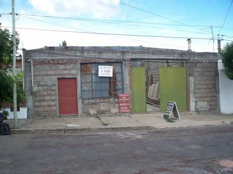Galpón En Venta En Mercedes, Soriano