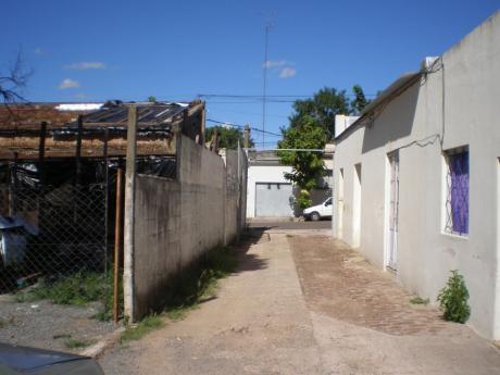 Garage En Alquiler En Mercedes, Soriano