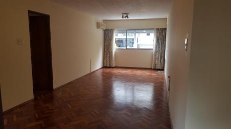 Apartamento En Venta - Alquiler En Centro, Montevideo