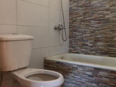 Apartamento En Venta En Ciudad Vieja, Montevideo