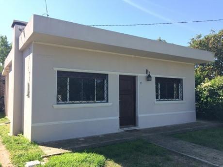 Casa En Venta En Melilla, Montevideo