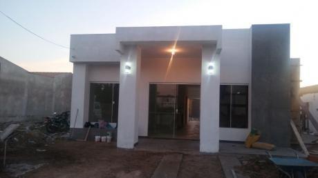 Casa En La Urb. Acualand Cerrada