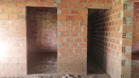 Casa En Obra Bruta Entre Cotoca Y Paurito - Permuta
