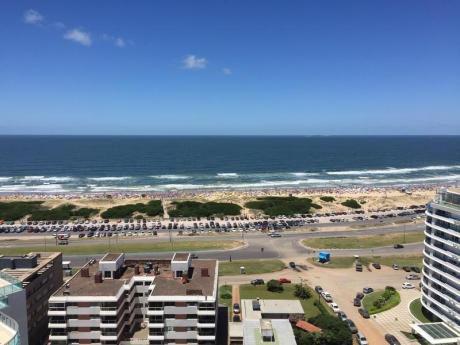 Icon Brava, Piso Alto, 2 Dormitorios Y Medio, Disponible Verano 2018!!!
