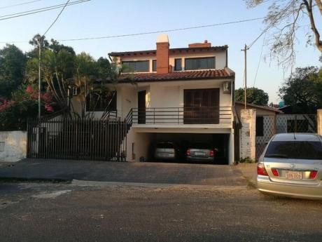 Alquilo Casa Zona Jockey
