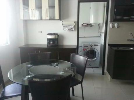 Hermoso Departamento Amoblado De 3 Dormitorios En Alquiler - Barrio Las Palmas