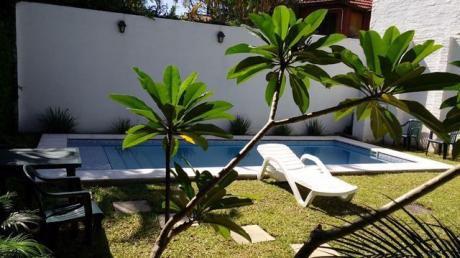 Impecable Alquilo Casa Con 4 Habitaciones Zona Colegio Santa Elena