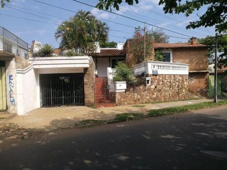 Vendo Casa Sobre Avda. Japon 600 M2 Barrio San Vicente