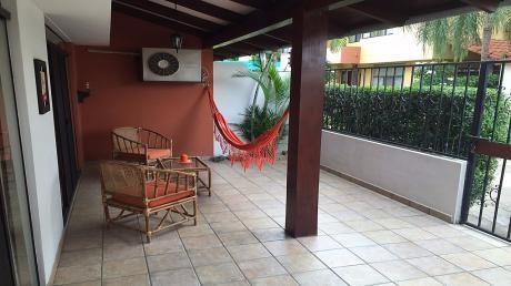 Casa En Venta O Alquiler En Equipetrol Norte - En Condominio