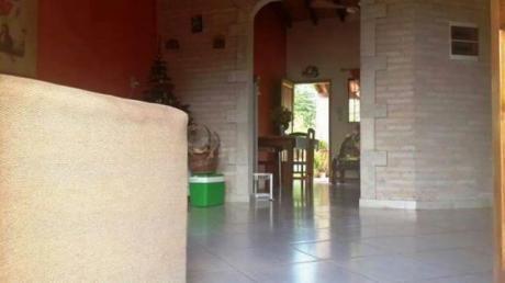 Vendo Hermosa Casa En Fernando De La Mora Zona Sur!