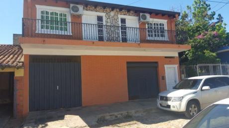 Oferto Hermosa Casa Sobre 25 Pyda. (cap.bado Nro.929) E/ee.uu Y Paripiti