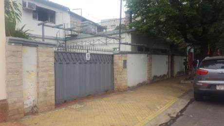 Casa Antigua Sobre Calle Caballero C/4ta.